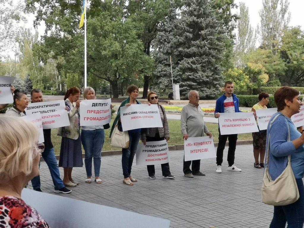 В Николаеве общественность возмущена участием экс-сотрудников милиции в конкурсе «полицейской комиссии»